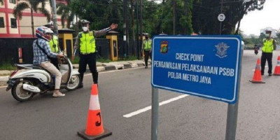 Polisi Jaga 20 Pintu Masuk dan Keluar Kota Depok Saat PSBB