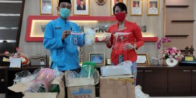 Pemkot Singkawang Salurkan Bantuan dari Donatur ke RS dan Warga