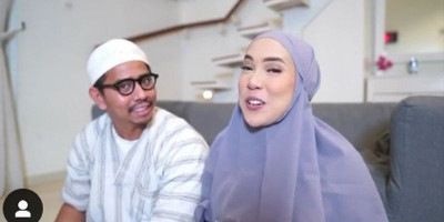 Intip Keseruan Keluarga Kecil Fitrop Selama Ramadan di Rumah
