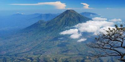 Kisah di Gunung Slamet: Tragedi Menakutkan yang Jadi Kenyataan