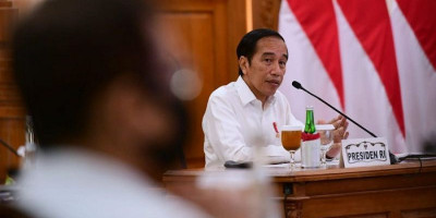 Arahan Jokowi Soal Lonjakan Kasus Covid-19 di 8 Provinsi