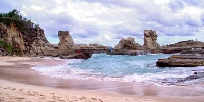 Wajib Datang, Ini 10 Pantai Paling Indah di Pacitan