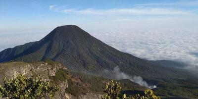 Hore, Jalur Pendakian Gunung Gede-Pangrango Sudah Dibuka