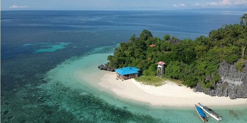 Pulau Hari, Destinasi Pencinta Olahraga Air di Sulawesi Tenggara