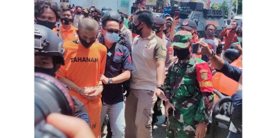Alfin Peragakan 17 Adegan Penusukan Syekh Ali Jaber