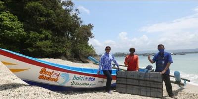 Bakti BCA Donasikan Rp 280 Juta untuk Nelayan
