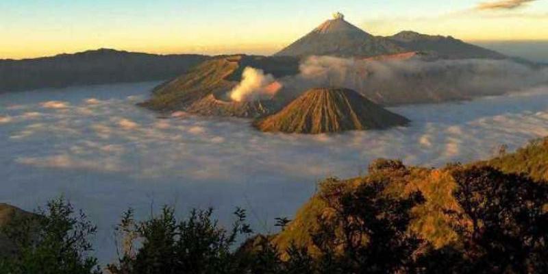 Pendakian Gunung Semeru Kembali Dibuka Satu Oktober 2020, Apa Saja Syaratnya?
