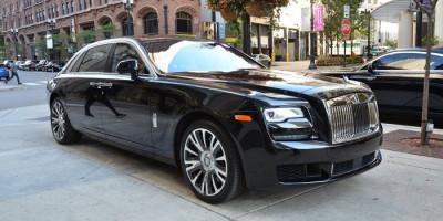 Dengarkan Permintaan Konsumen, Rolls-Royce Ghost Luncurkan Versi Extended