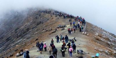 Kisah Horor di Gunung Ciremai, Bertemu Balita dan Pohon Hitam Tinggi