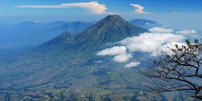 Jalur Pendakian Gunung Slamet Segera Dibuka, Tapi Dibatasi Hingga Plawangan