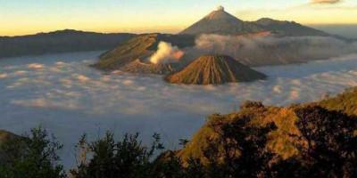 Cerita Pendakian Gunung Semeru: Bertemu Perempuan yang Hilang Sebulan, Jasadnya Ditemukan di Jurang