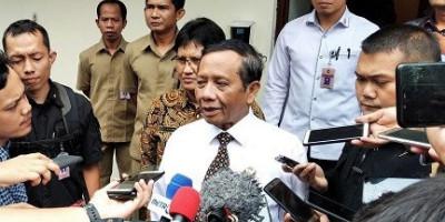 Pesan Mahfud MD Bagi yang Ingin Demo Setahun Jokowi-Ma'ruf: Waspadai Penyusup