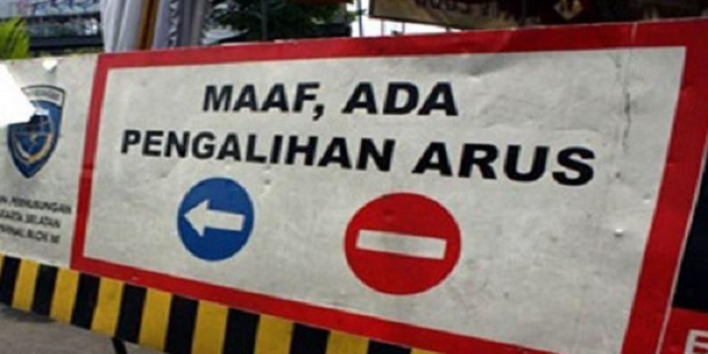 Hindari Kawasan Sekitar Monas, Jalan Sudah Ditutup Ada Demo Menolak Omnibus Law
