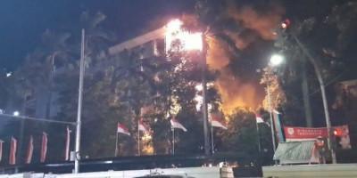 Akibat Rokoknya, 5 Kuli Bangunan dan Mandor Jadi Tersangka Kebakaran Kejagung