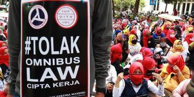 Ribuan Buruh Kembali Gelar Aksi Tolak UU Cipta Kerja Pekan Depan