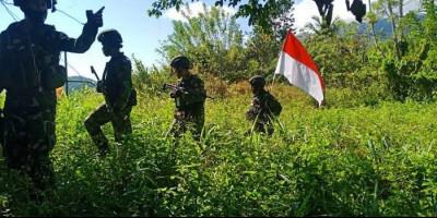 Tegang, TNI-Polri Baku Tembak dengan 50 Anggota KKSB Selama 5 Jam