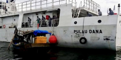 Nelayan Terapung Dua Hari di Laut, Hampir Terseret ke Malaysia