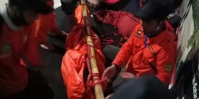 Teman Wanitanya Dievakuasi Tim SAR, 7 Pendaki Malah Lanjut ke Puncak Gunung Slamet