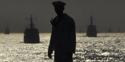 Kemenlu Pulangkan 157 ABK dan 2 Jenazah dari Kapal China