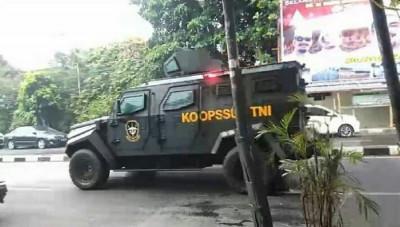 Video Kendaraan TNI di Markas FPI, Pangdam Jaya: Saya Panglimanya, Jangan Coba-coba Mengganggu