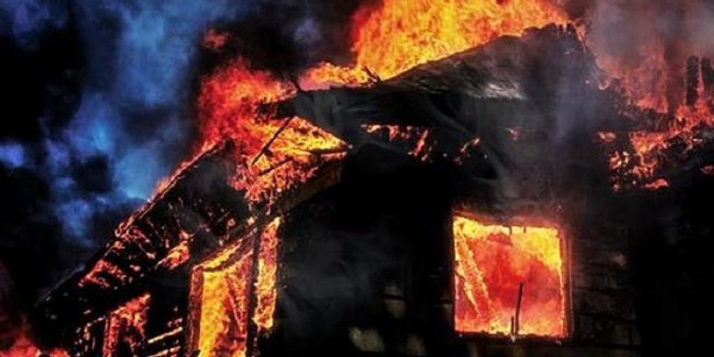 14 Rumah di Kompleks Asrama Brimob Hangus Dilalap Api