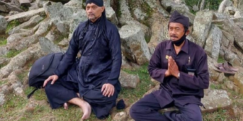 Merasakan Sensasi Spiritual di Gunung Padang