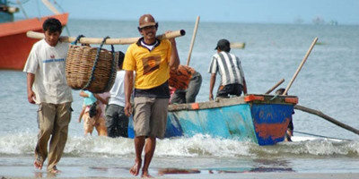 Menteri Kelautan Selanjutnya Harus Berpihak Pada Nelayan Kecil