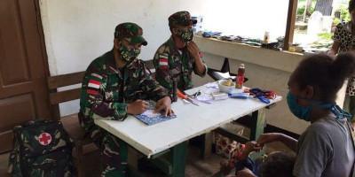 Satgas Yonif 125 Beri Pelayanan Kesehatan Warga Kampung Yanggandur
