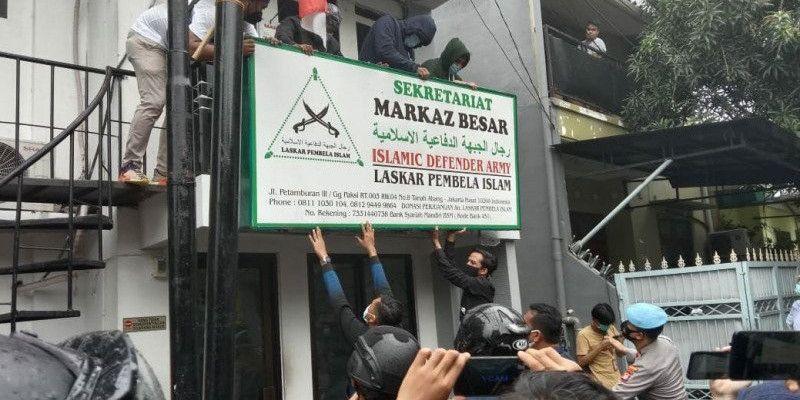 Denny Siregar Tanya Pendapat Saraswati Soal Fadli Zon yang Sering Bela FPI