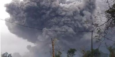 Lava Pijar, Gempa Guguran dan Asap Kawah Tebal Terus Terjadi di Gunung Merapi
