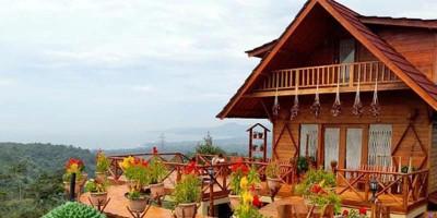 Berduet Menikmati Palabuhanratu dan Durian di Bukit Sagara