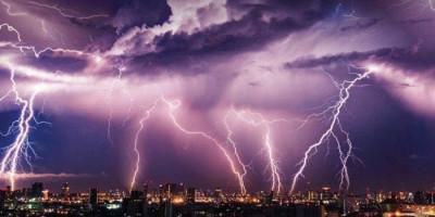 Waspada, Cuaca Ekstrem Diprediksi Terjadi Hingga 24 Januari
