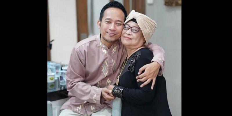 Kabar Duka, Ibunda Denny Cagur Meninggal Dunia