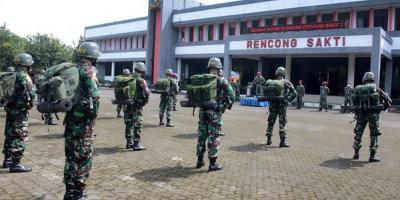 Taruna AAL Tingkat III Korps Marinir Praktek Pasukan Di Brigif 2 Mar Pasmar 2