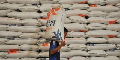 Stok Beras di Pasar Induk Dipastikan Cukup