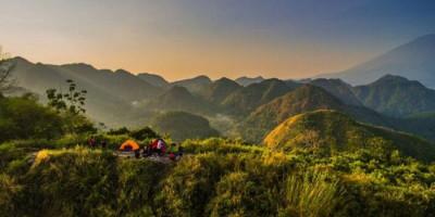 Bukit Sanghyangdora, Destinasi Menawan yang Instagramable