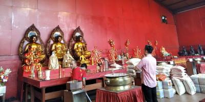 Vihara Dharma Bhakti Batasi Jumlah Jemaat