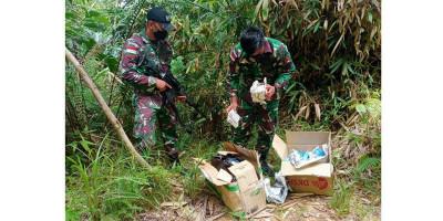 Satgas Yonif 642 Amankan Dus Berisi Obat-obatan Ilegal Asal Malaysia