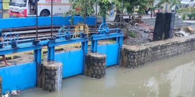 Debit Air Situ Besar Tangerang Naik 3 Kali Lipat