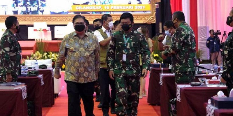 Airlangga Hartarto Apresiasi Dukungan TNI dalam Pelaksanaan PPKM Mikro