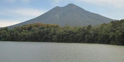 3 Mahasiswi UIN Jambi Hilang Saat Mendaki Gunung Masurai