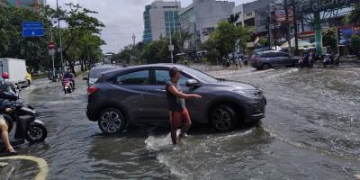 Upaya Pemkot Jakarta Barat Tangani Banjir