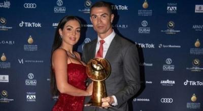 Kekasihnya Tampil Tanpa Busana, Ronaldo Bakal Hengkang dari Juventus