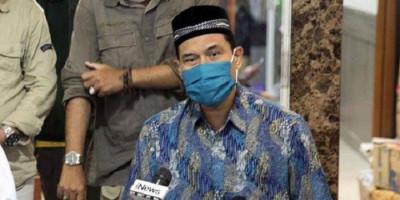 Polisi Minta Logo FPI Dihapus Pakai Cat, Munarman Bereaksi Keras