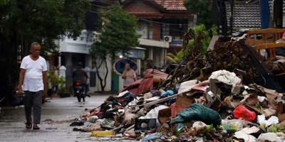 Sampah Sisa Banjir di Kota Bekasi Mencapai 2000 Ton
