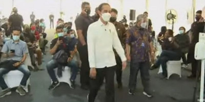 Tinjau Vaksinasi Covid-19 Insan Pers, Jokowi Pastikan Bakal Digelar di Seluruh Provinsi