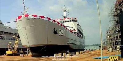 KRI Teluk Weda-526 Produksi dalam Negeri Resmi Diluncurkan Kemhan