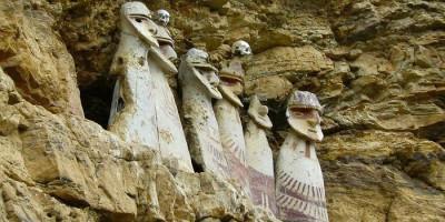Peradaban Berkelanjutan Sarkofagus Karajia