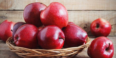 Cegah Kanker Hingga Bau Mulut dengan Buah Apel