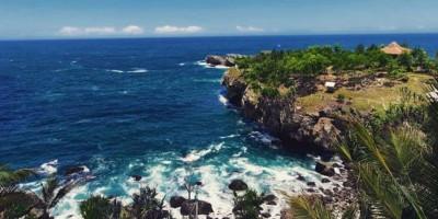 Mengintip Indahnya Pantai Watu Bale Pacitan